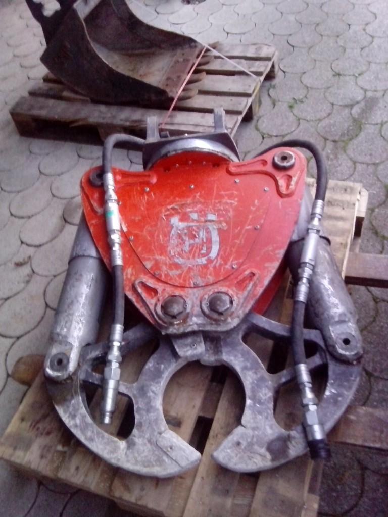 Betonschere zerdrückt Stahlbeton bis 45 cm