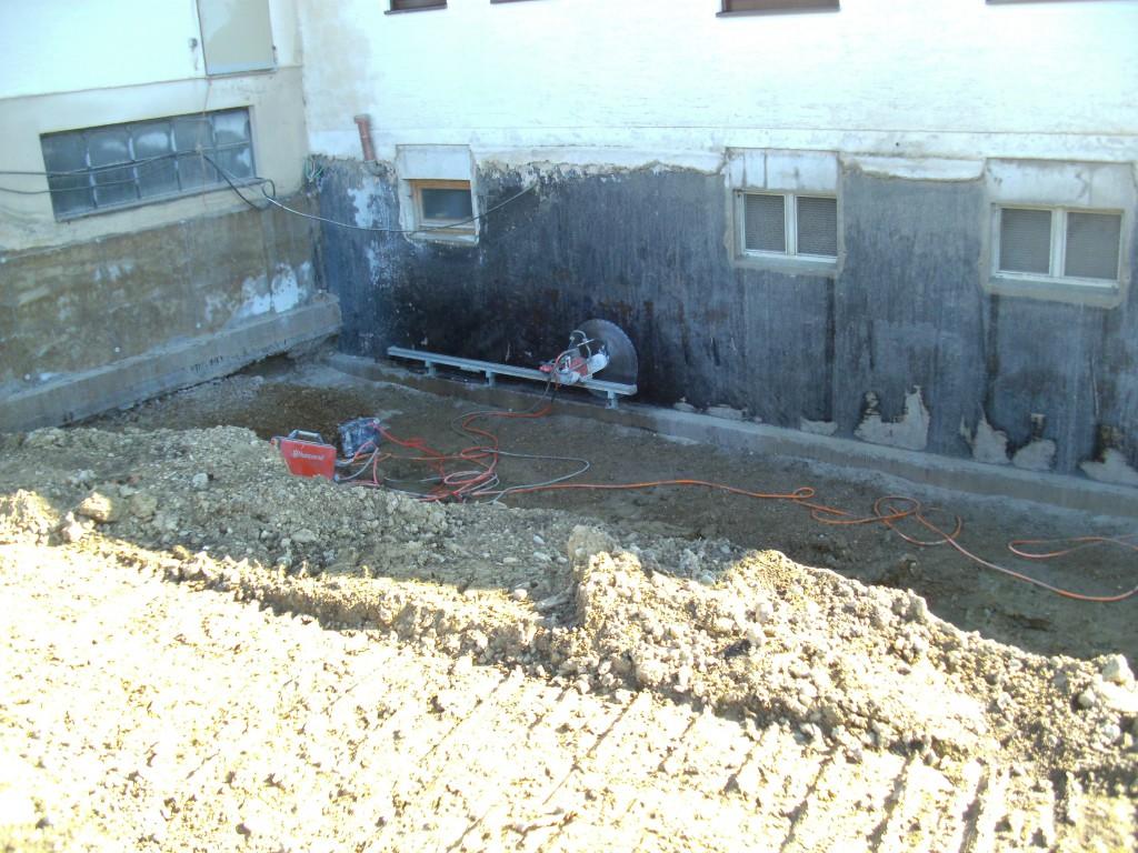 Betonplatten-Überstand absägen